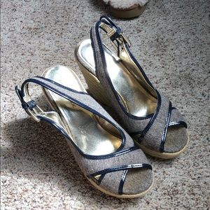 Banana Republic wedges size 6